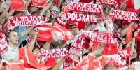 """W osiemnastu polskich miastach wsparto akcję """"Niepodległa do Hymnu"""""""